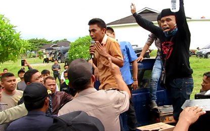 WARTA 67 – (video) Tolak Kehadiran Alfamart, Warga Gorut Gelar Demo