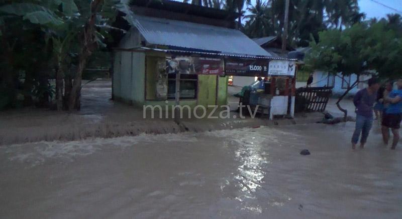070317-banjir-boalemo-1