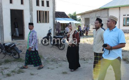 Safari Ramadhan, Dewi Hemeto Datangi Pesantren Sirojuth Tholibin