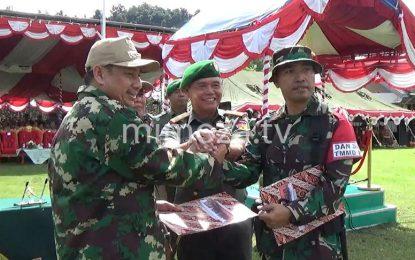 TNI AD Bahu Membahu Bangun Jalan Menuju Pinogu
