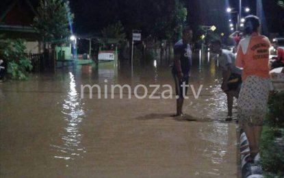 Ratusan Warga Kebanjiran Saat Terlelap Tidur