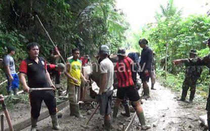 TMMD Ke 99 Bantu Desa Dengan Bangun Jalan Beton