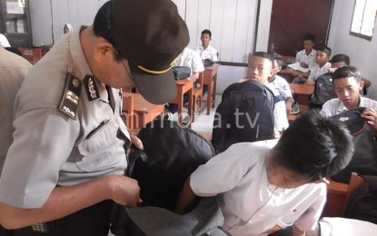 Cegah Peredaran Obat Terlarang, Polisi Razia Sekolah