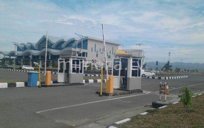 Pengelola Parkir Keluhkan Kebijakan Bandara Gratiskan Parkiran