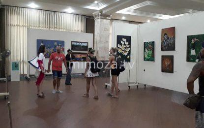 26 Perupa Gorontalo Hentak Bali Dengan 100 Karya