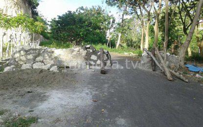 Kesal Belum Dibayarkan Lahannya, Warga Kembali Blokir Jalan Ke Benteng Otanaha