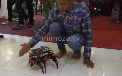 Mahasiswa Politeknik Gorontalo Ciptakan Robot Pintar