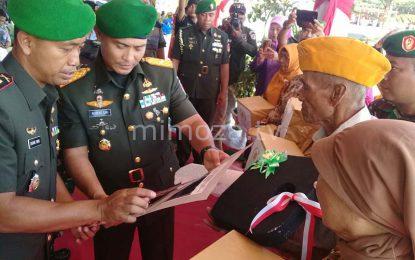 Danrem 131 Santiago Pimpin Upacara Dalam Rangka HJK TNI AD di Gorontalo