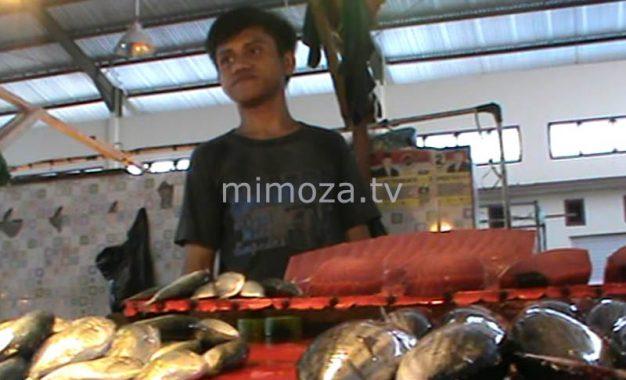 Cuaca Buruk, Harga Ikan Dipasar Melonjak Naik