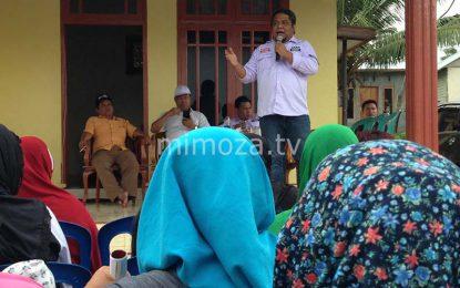 Blusukan Di Donggala, Hardi Hemeto Keliling Sambangi Rumah Warga